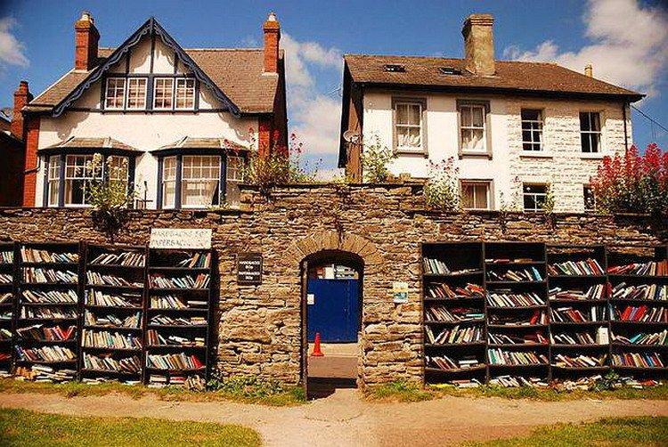 Biblioteca a Hay-on-Wye, Galles