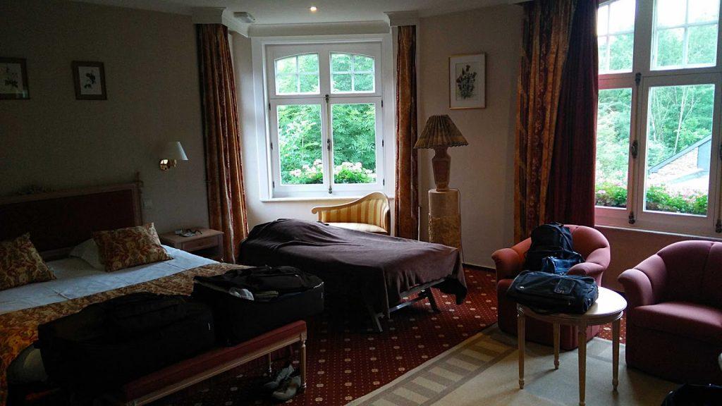 Bello scrivere in questa stanza d'albergo a Bouillon, in Belgio